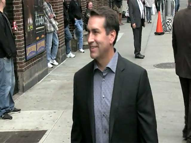 Rob Riggle Gets Snapped In New York Ahead Of 'Letterman' Appearance