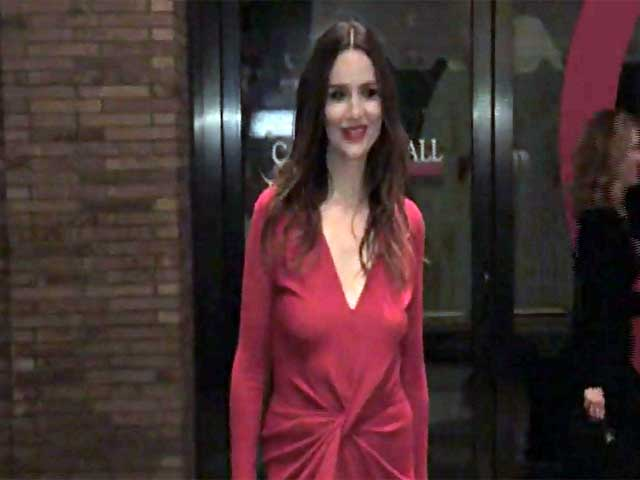 Saffron Burrows Among 2014 Glamour Women Of The Year Awards Arrivals - Part 2