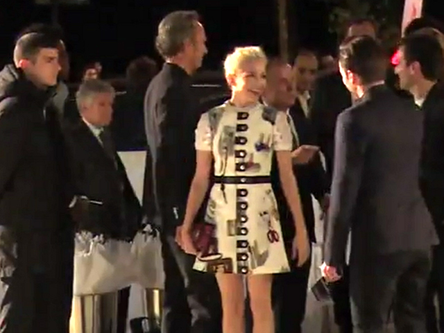Michelle Williams Brings Edgy Glamour To The Louis Vuitton Foundation Inauguration