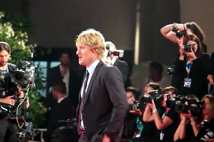 Owen Wilson Shows His Face For The Premiere Of New Comedy 'She's Funny That Way'
