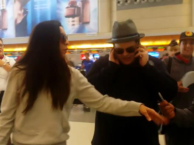 Josh Gad Is Flocked By Fans On Arriving At LAX Airport