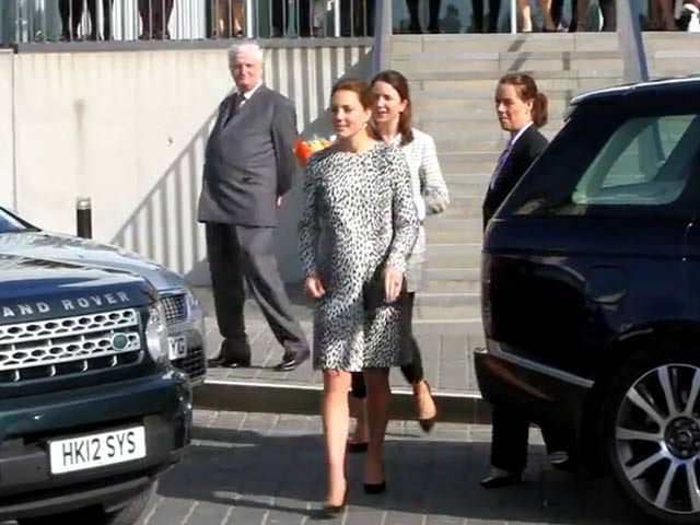 Catherine, Duchess Of Cambridge Greets Fans At Art Exhibition - Part 1