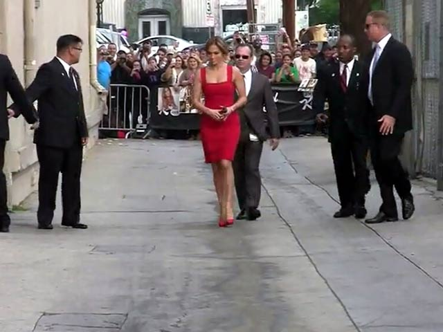 Jennifer Lopez Smoulders In Red On Arriving At Jimmy Kimmel Live